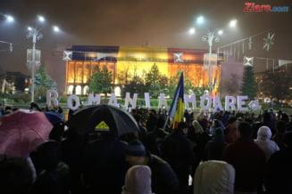 Sute de oameni au protestat si duminica in Bucuresti, in tara si diaspora: Iordache, fii atent, ce faci marti in Parlament!