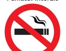 Sute de studenti au protestat fumand, pentru ca nu isi mai pot aprinde tigara in campusuri