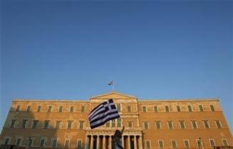 Suveranitatea Greciei, masiv limitata - Presa internationala