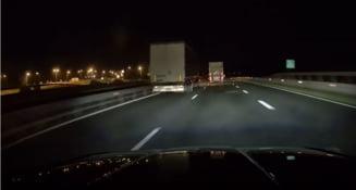 TIR filmat cu peste 150 km/ oră pe o autostradă din România. Șoferul mașinii depășite în trombă a sunat la 112 VIDEO