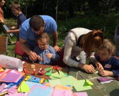 Taberele pentru parinti si copii - Cu ce ii ajuta pe cei mici si mari si cat costa
