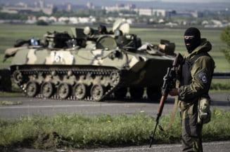 Tablou de razboi in Ucraina: Lupte grele pe autostrada Slaviansk- Donetk
