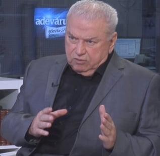 """Talpes, despre inchisorile CIA: L-am informat """"printre altele"""" pe presedintele Iliescu"""