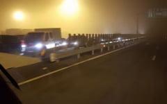 Tamponare pe autostrada, inainte de Punctul de Frontiera Nadlac. Se circula doar pe banda de urgenta