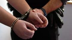 Tanar giurgiuvean, arestat pentru viol si pornografie infantila