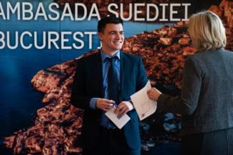 Tanarul care administreaza contul de Facebook al Ambasadei Suediei renunta la post: Nu pleaca din tara, dar si-ar putea deschide o agentie