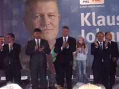 Tandemul presedinte-premier: Klaus Iohannis si Catalin Predoiu, intampinat cu caldura la Giurgiu