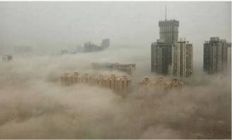 Tara numerelor mari: China trimite 6 milioane de masini la fier vechi, ca sa mai scape de smog