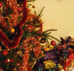 Targ de cadouri in Floreasca: Haine, bijuterii si pantofi hand-made