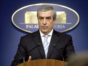 Tariceanu: Romanii nu trebuie sa aiba incredere in santajabilul Stolojan