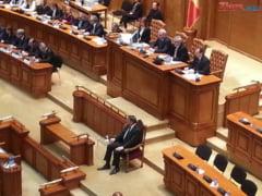 Tariceanu, despre discursul lui Iohannis: Faptul ca vorbeste de luminitele din Piata Victoriei nu e o solutie