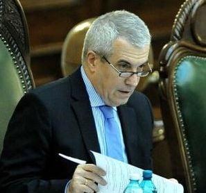 Tariceanu, suparat pe Guvern: Ponta, rugat sa-si tina ministrii in banci. Dati-o afara pe doamna!