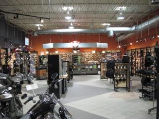 Tariceanu a inaugurat primul showroom Harley Davidson din Romania