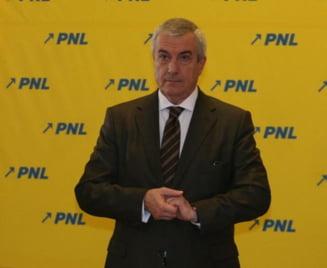Tariceanu atrage mai multi parlamentari din PNL - vezi cine sunt