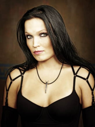 Tarja Turunen, fosta solista Nightwish, canta la Bucuresti in iunie