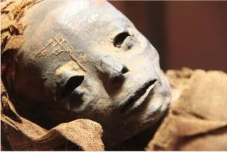 Tatuajele ascunse ale egiptenilor. Aveau surprinzator de multe si de diverse desene pe piele