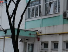 Tavanul unei scoli din Buzau s-a prabusit peste elevi
