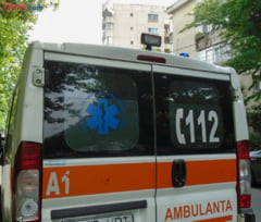 Tavanul unui camin de batrani s-a prabusit: Doua persoane au fost grav ranite UPDATE