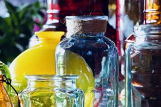 Taxa pe sticle si borcane se aplica incepand de azi. Vor urma scumpiri?