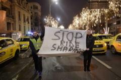 Taximetristii ameninta din nou cu proteste: Dati azi ordonanta anti-Uber sau blocam Piata Victoriei!