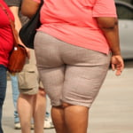 Te-ai resemnat cu faptul ca esti mai grasut. Dar stii ca tocmai ai cedat in fata cancerului?