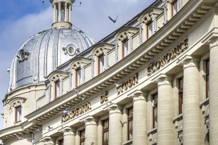Te pregatesti sa devii student? Alege Academia de Studii Economice din Bucuresti!