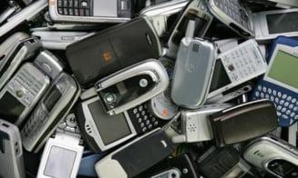 Telefoanele celebre sunt inlocuite de branduri necunoscute