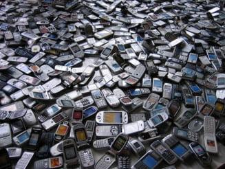 Telefoanele mobile contin mai mult aur decat minereul aurifer