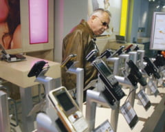 Telefoanele mobile vor costa sub 100 de dolari pana in 2015