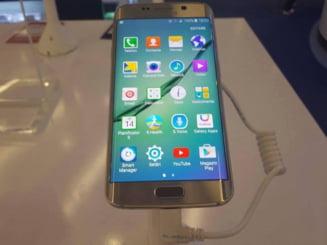 """Telefonul """"Iron Man"""", prezentat de Samsung - de unde il poti cumpara (Foto & video)"""