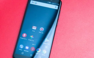 Telefonul romanesc pregatit sa desfiinteze orice iPhone si Samsung