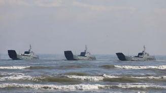 Tensiunea creste in apropiere de Ucraina: Rusia aduce nave militare de desant din Marea Caspica