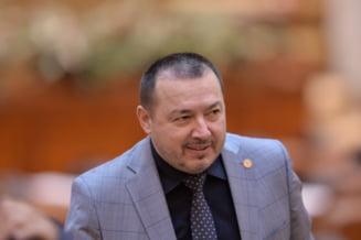 "Tensiuni in PSD, inainte de Congres. Deputatul ""mitraliera"", atac la Manda si Iordache: Sunt niste habarnisti"