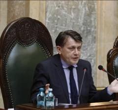 Tensiuni in USL: Ilie Sarbu avertizeaza PNL ca Antonescu poate pierde sefia Senatului