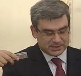Teodor Baconschi si-a deschis doua conturi bancare noi, in 2010