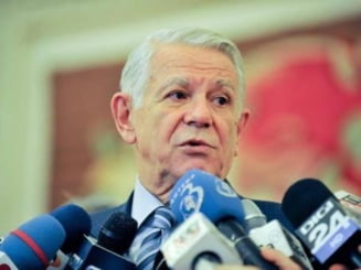 Teodor Melescanu, numit ministru de Externe - Traian Basescu a semnat decretul