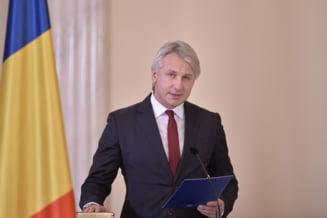Teodorovici: Cand vine Parlamentul din vacanta va gasi proiectul de buget