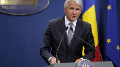 Teodorovici: De la 1 ianuarie, toti bugetarii vor primi doua salarii minime pe an, ca indemnizatie de hrana