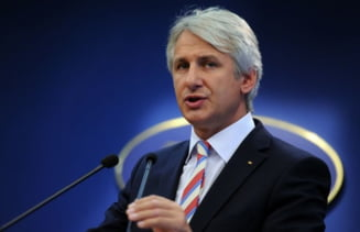 Teodorovici, despre ancheta DNA care-l priveste pe Tariceanu: Nu ma preocupa astfel de aberatii si idiotenii