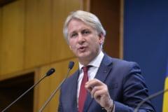 Teodorovici, dupa ce Tariceanu i-a spus sa isi tina parerile pentru el despre Ministerul Energiei: Am sa tin cont de sfatul lui