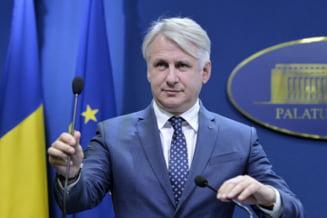 Teodorovici a cerut Comisiei Europene ca split TVA sa ramana complet optional