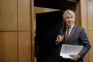 Teodorovici anunta ca mult asteptatul buget va fi publicat azi: Educatia si Sanatatea vor primi mai multi bani. Cumparam avion pentru demnitari?