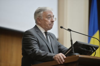 Teodorovici il cheama pe Isarescu la discutii despre provizioanele bancare: Trebuie sa-mi raspunda unor intrebari
