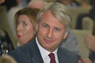 Teodorovici trimite corpul de control la MF si ANAF pentru a verifica cum s-a aplicat legea in cazul casei lui Iohannis