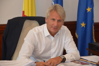 Teodorovici vrea comisie de ancheta pentru rezerva de aur a Romaniei