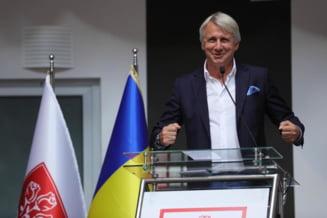 Teodorovici zice ca isi da demisia, daca nu incep lucrarile la spitalele regionale din Constanta si Craiova. Nu a precizat de unde