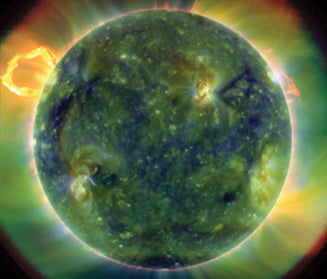 Teoria relativitatii a lui Einstein, infirmata de Soare?