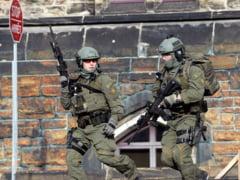 Teroare in Canada: Impuscaturi in Parlament, morti si oras blocat. Atacatorii ar fi purtat haine islamice - surse (Galerie foto&Video)