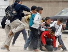 Teroare intr-o scoala din Piatra Neamt: Un elev de 7 ani le cere taxa de protectie colegilor