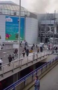 Teroare la Bruxelles: Filmul unei zile cumplite - explozii la aeroport si metrou, zeci de morti si sute de raniti (Foto & Video)